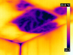 IR image of insulation deficiency
